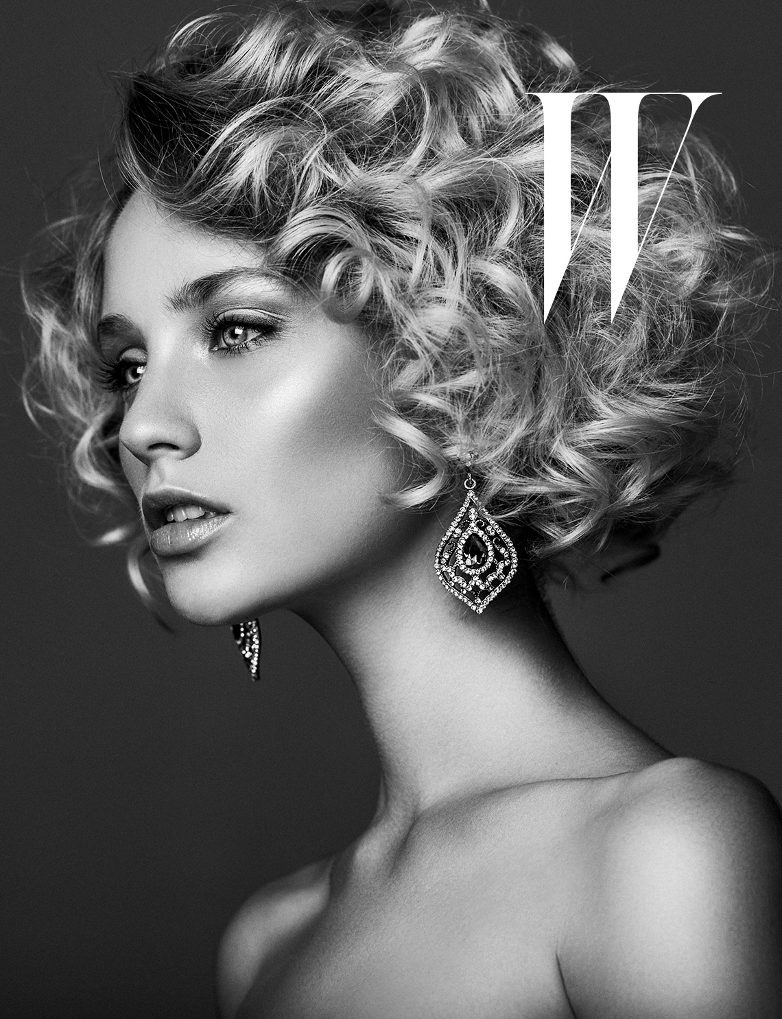 Advertise locally in W magazine in more than 100 markets across the U.S.